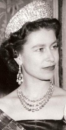 The Queen wearing the Greville Chandelier Earrings, the Festoon Necklace and the Russian Kokoshnik Tiara.