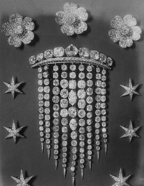 The Empress Eugenie's diamond hair comb and star and flower hair pins.  Examples of jewellery that was sold and broken up after the great sale of the French Crown Jewels in 1887.
