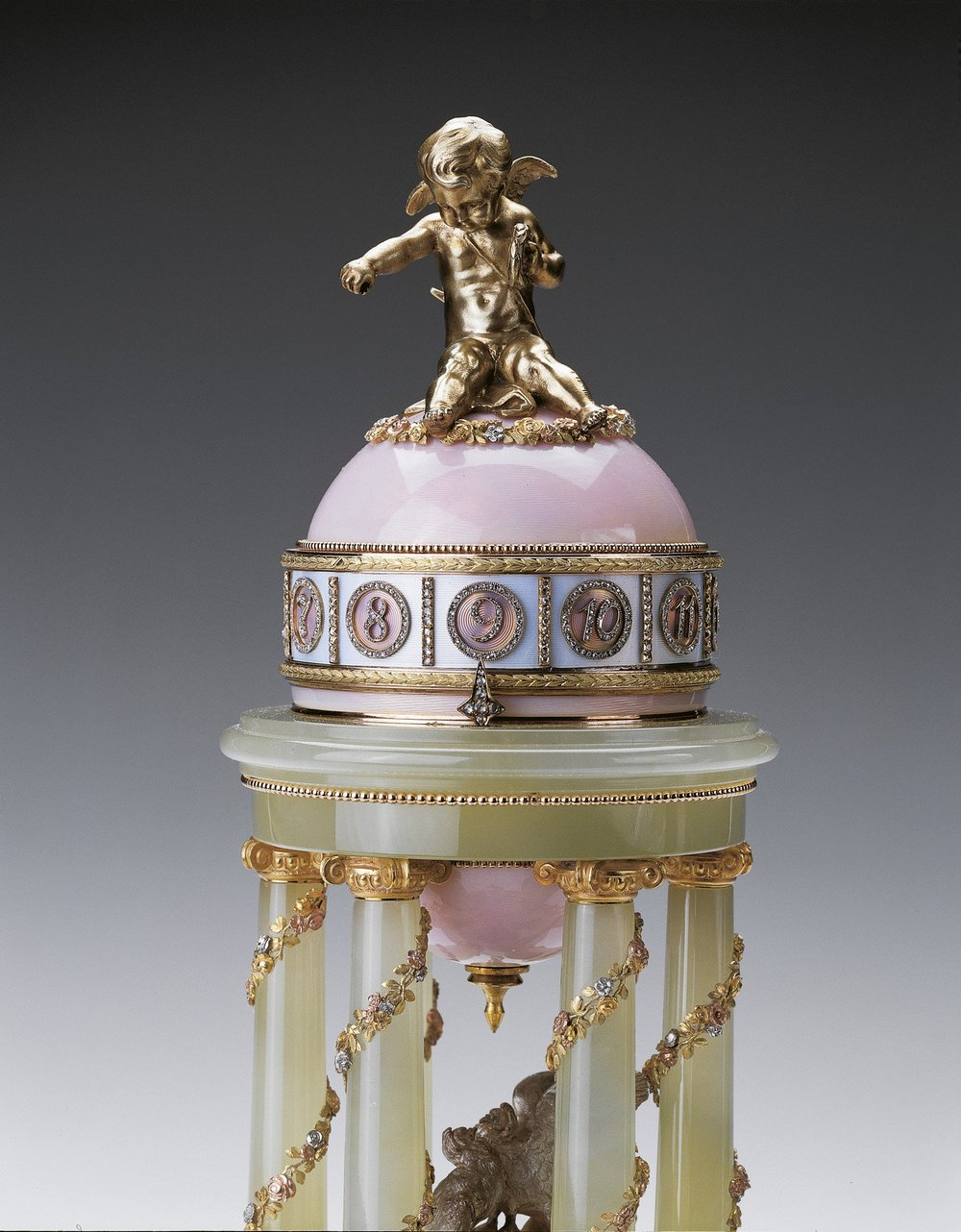 A detail photograph of the Colonnade Egg of 1910 by Fabergé.