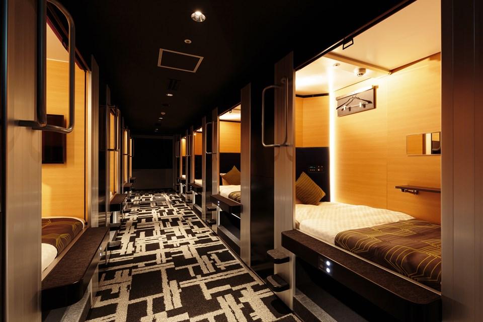 capsule hotel- dezainaa.jpg