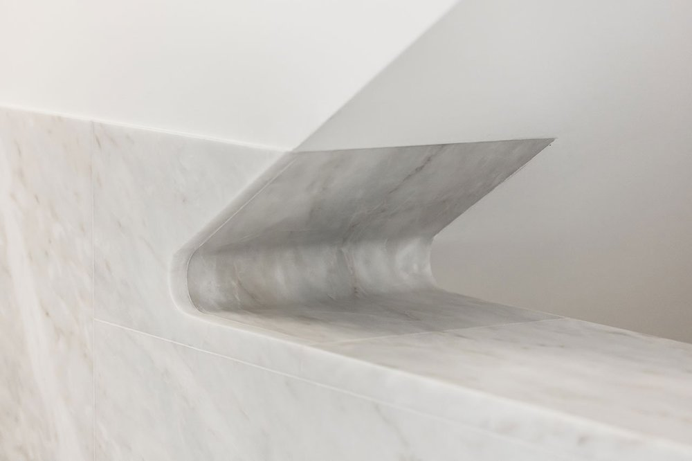 s5_church_of_saint_jacques_de_la_lande_rennes_france_alvaro_siza_vieira_dezainaa_2.jpg