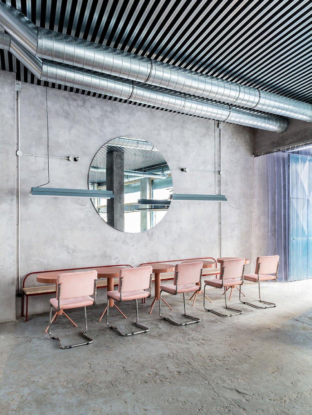 f6_casaplata_seville_spain_lucas_y_hernandez_gil_architects_dezainaa_5