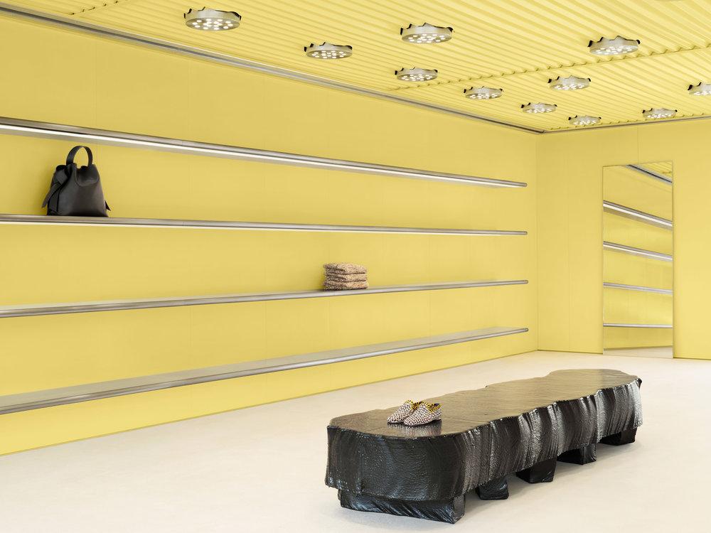 acne-west-hollywood-interiors-retail-yellow-california-usa_dezainaa.jpg