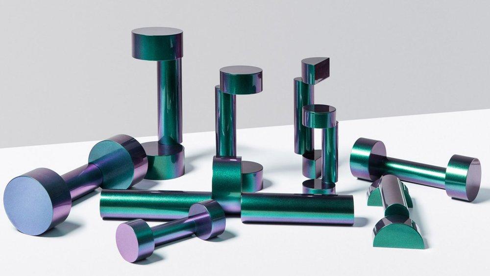 olympia-candice-joyce-blanc-ulysse-martel-free-weights-design_dezainaa_1