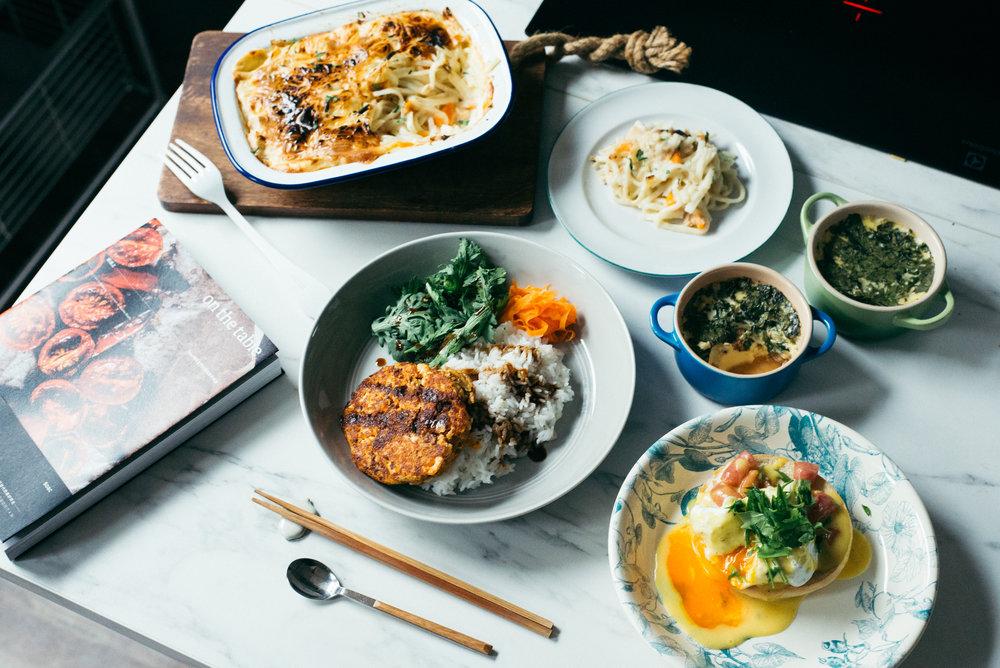 班尼迪克蛋、鮪魚焗烤麵、漢堡排與茶碗蒸