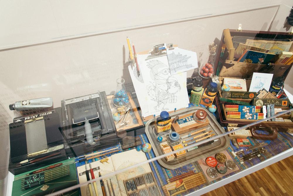 〈文具仕事人必備〉是由5位文具工作者現場展示日常的工作桌面,藉此一窺他們的選物哲學。