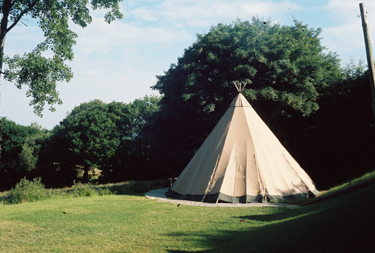 giant hat tipi
