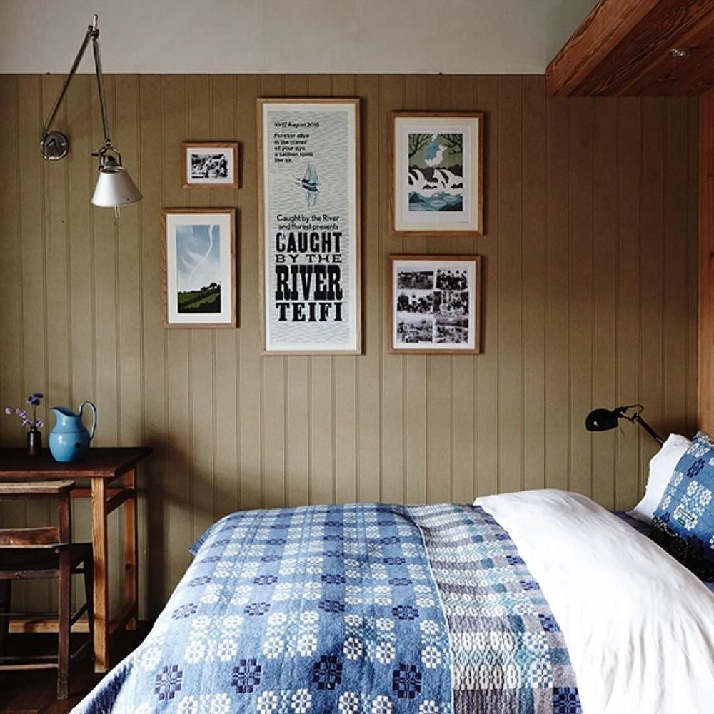 Country_living_modern_rustic_issue__7_is_out_today_Delighted_that_fforest_farmhouse_is_featured__beautifully_photographed_by_talented__pennywincer__Checkout_her_blog_to_see_more_photos____fforest__stayplaydream__fforestfarmhouse__countryliving.jpg