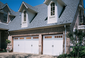 garage-door-courtyard-161t.jpg