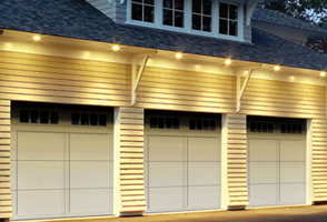 garage-door-courtyard-161A.jpg