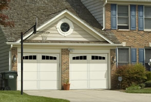 garage-door-courtyard-161b.jpg