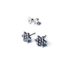 Silver Star Earrings - Sylvaine Frouin