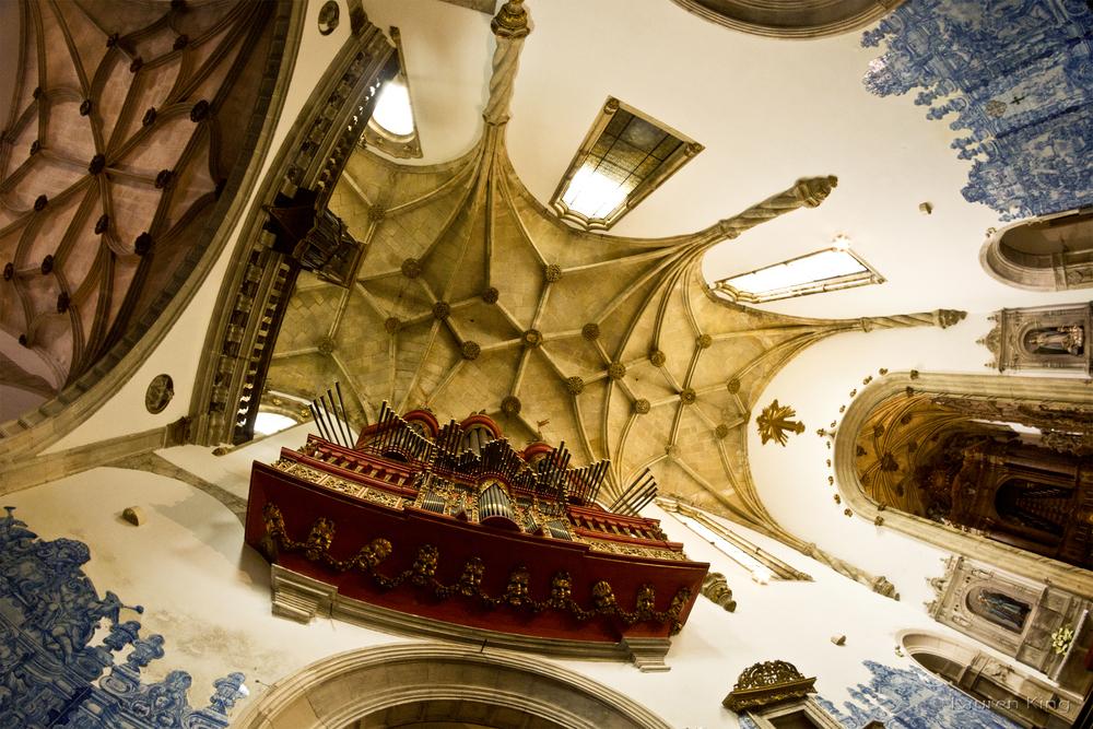 SantaCruzCathedral.jpg