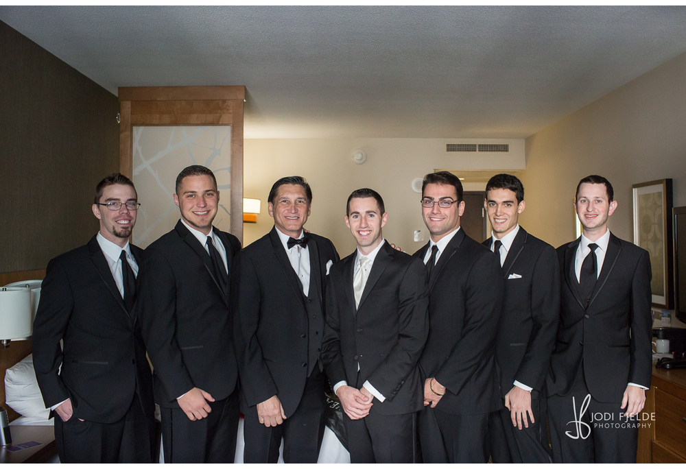 Benvenuto_Palm_Beach_Wedding_Jewish_Michelle & Jason_Jodi_Fjedle_Photography 14.jpg