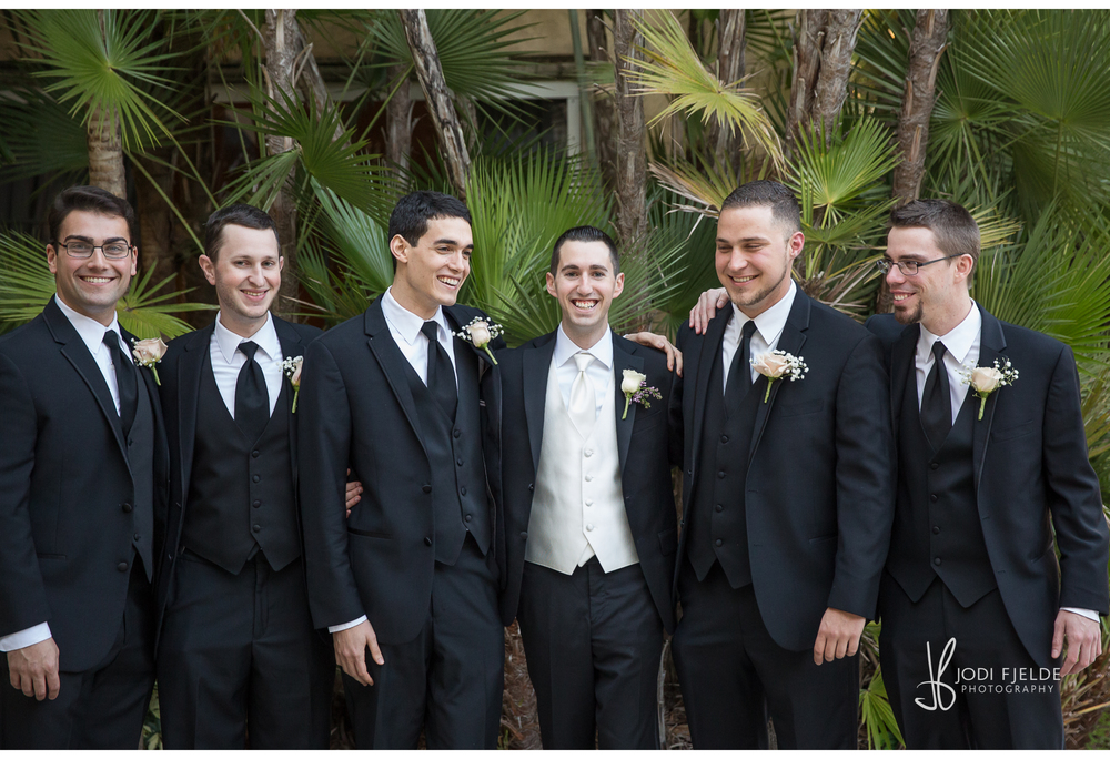 Benvenuto_Palm_Beach_Wedding_Jewish_Michelle & Jason_Jodi_Fjedle_Photography 29.jpg