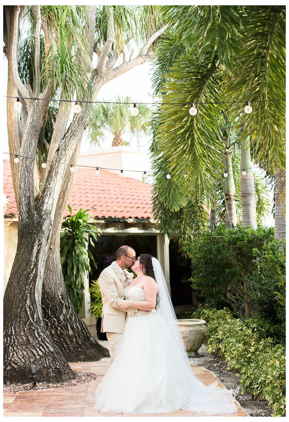 Benvenuto_Boynton Beach_ Wedding_Emily_&_Shawn 28.jpg