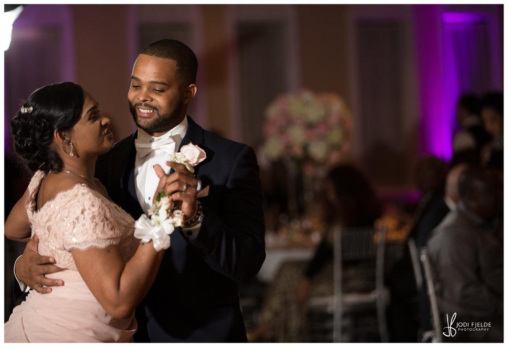 Benvenuto_wedding_Boynton_Beach_Jodi_Fjelde_Photography_Nikki_Otis_married_27.jpg