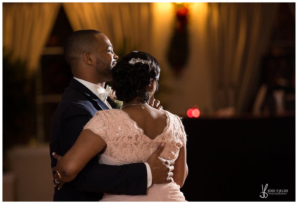 Benvenuto_wedding_Boynton_Beach_Jodi_Fjelde_Photography_Nikki_Otis_married_28.jpg