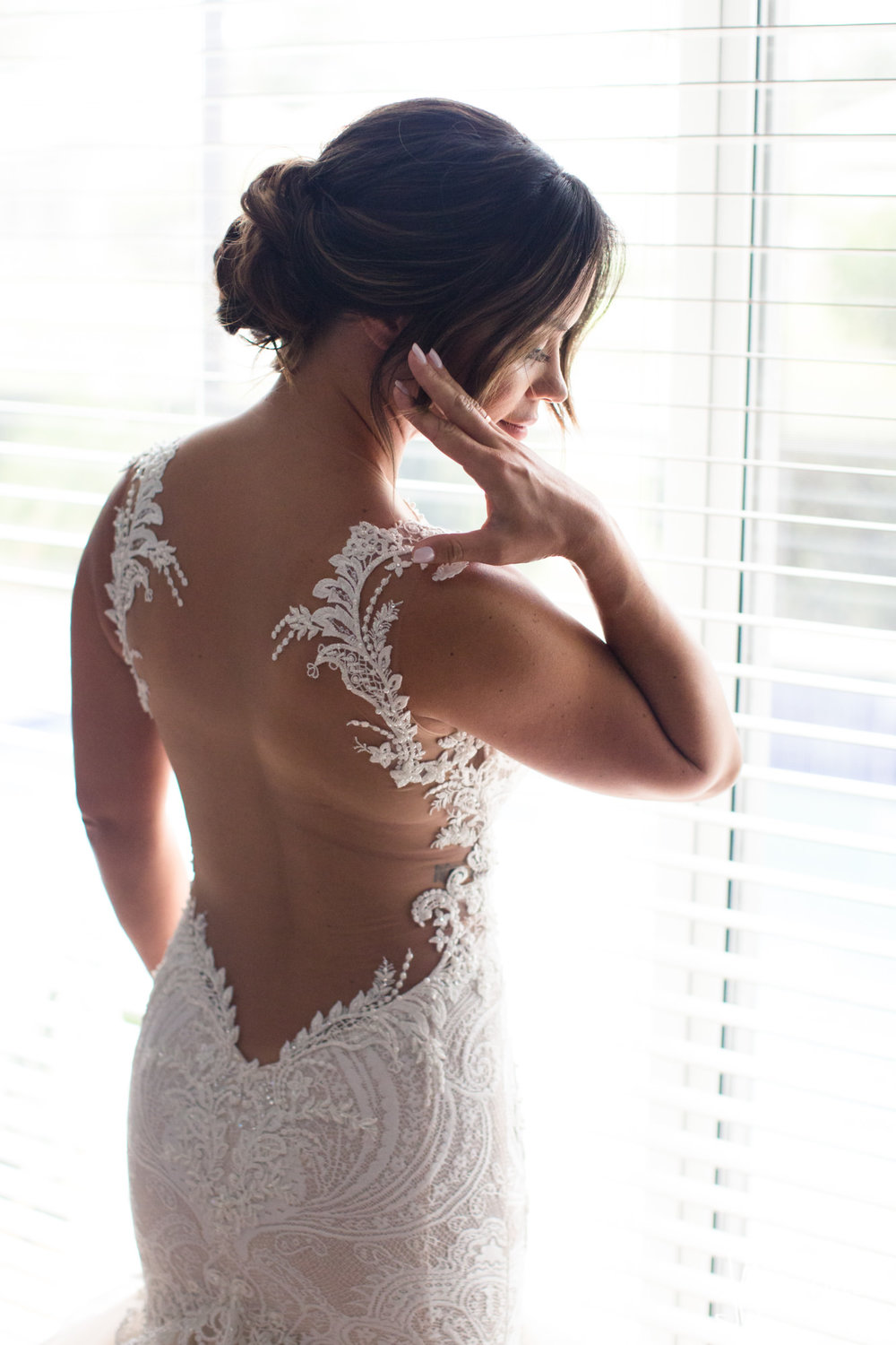 0008BRIDE-WEDDING-PREP.jpg