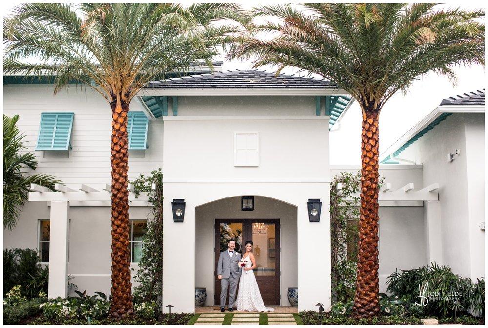 Pelican-Club-Jupiter-Wedding-Bride-Groom-Palm-Tree_0100.jpg