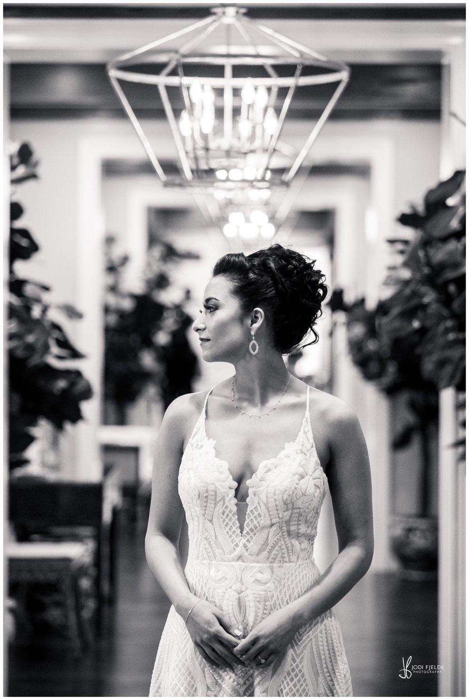 Pelican-Club-Jupiter-Wedding-bride-groom-first-look_0112.jpg