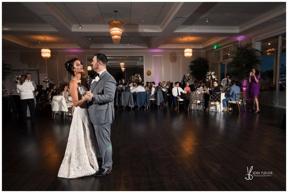 Pelican-Club-Jupiter-Wedding-reception-first-dance_0130.jpg