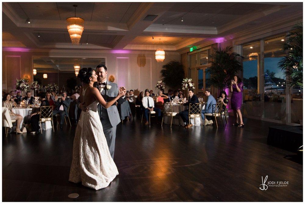 Pelican-Club-Jupiter-Wedding-reception-first-dance_0133.jpg