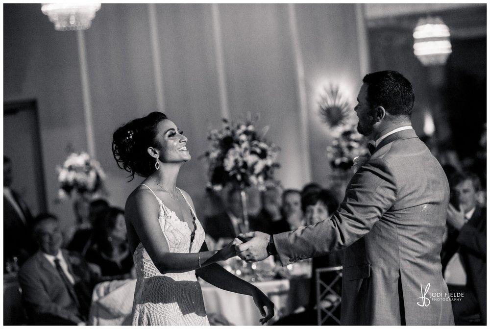 Pelican-Club-Jupiter-Wedding-reception-first-dance_0135.jpg