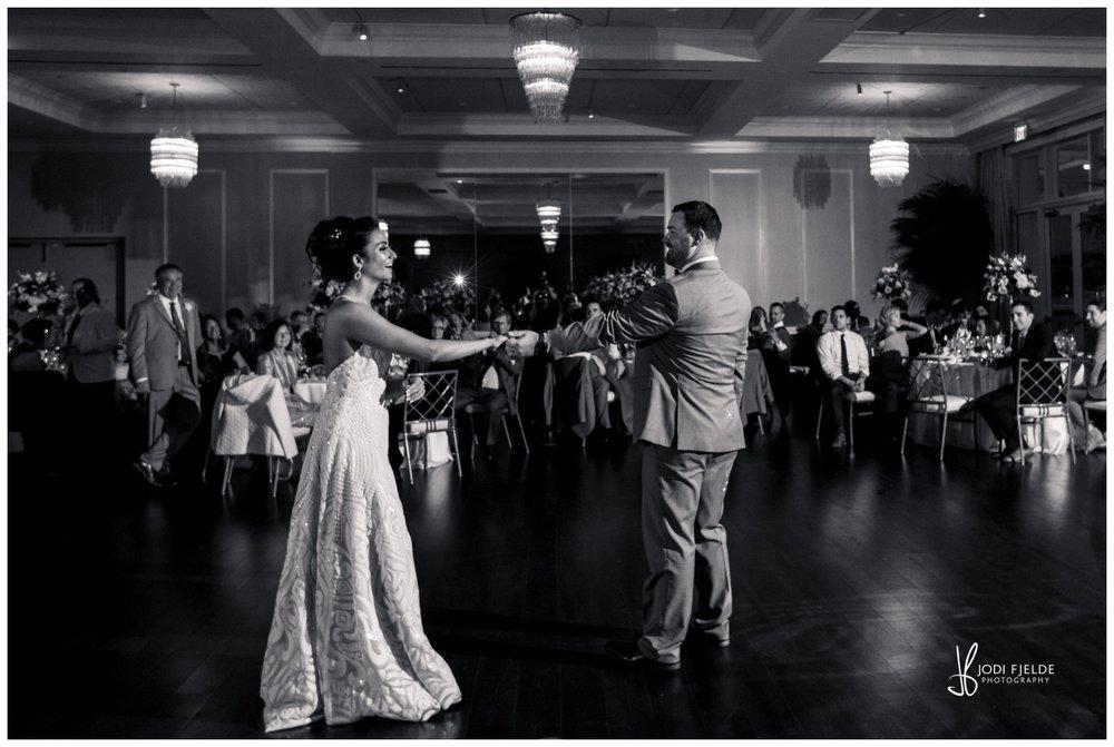 Pelican-Club-Jupiter-Wedding-reception-first-dance_0137.jpg