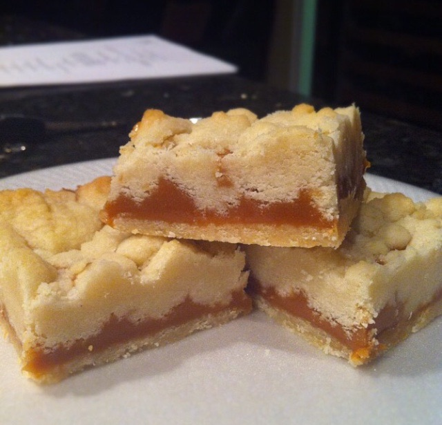 CARAMEL SHORTBREAD BARS