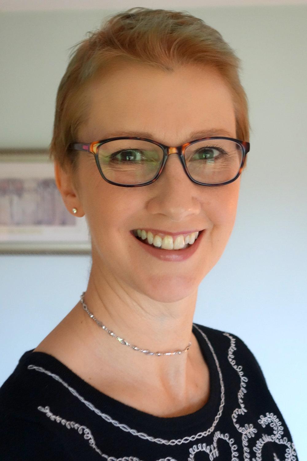 Lauren Kolb BA(Hons), Dip CAH, HPD, PNLP