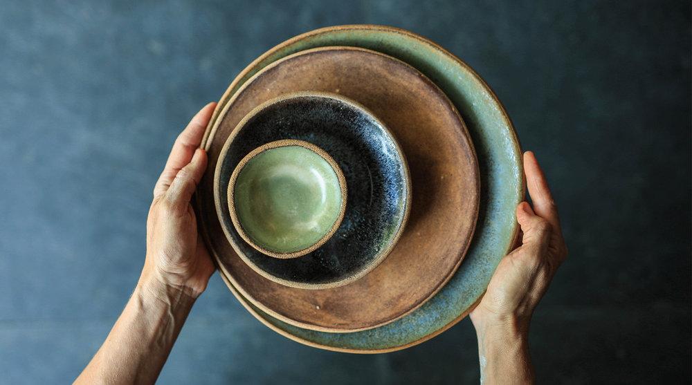 """11"""" Dinner Plate - Moonshadow 9"""" Salad Plate - Brown Leather Matte 6.75"""" Dessert Plate - Eelskin 4"""" Ramekin/Dipping Bowl - Moss Green"""