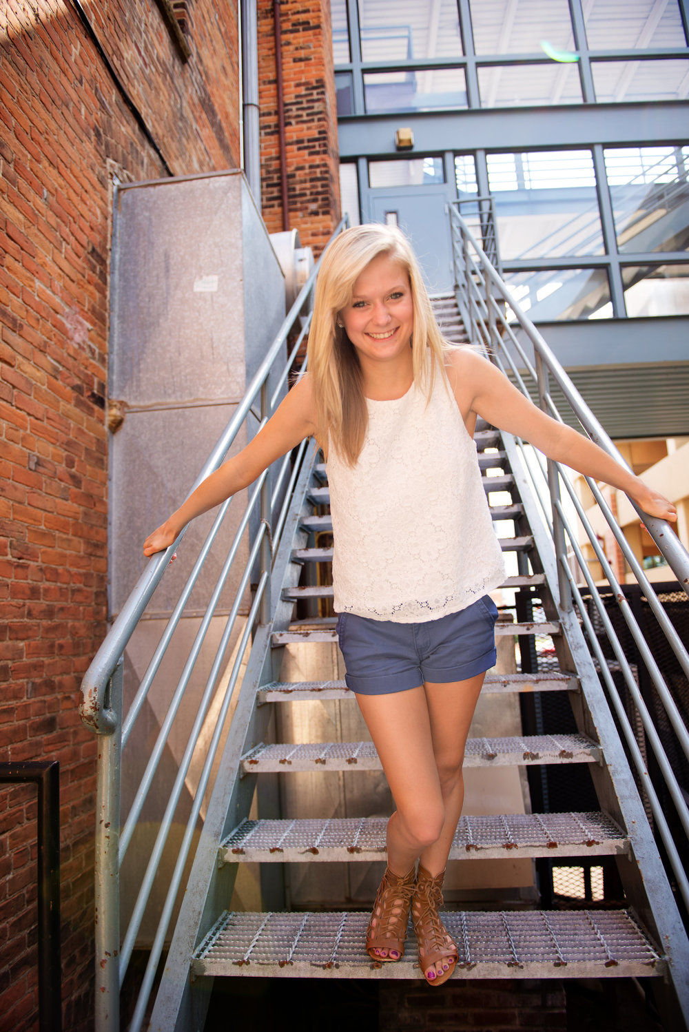 orlando-senior-girl-stairs.jpg