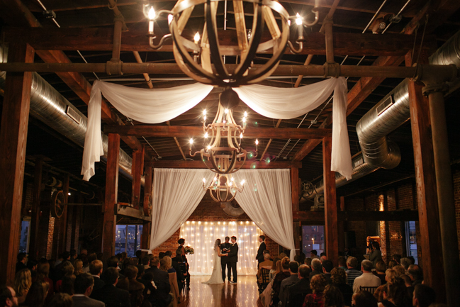 With its warm and rustic aesthetic, ONE serves as the perfect setting for wedding ceremonies and receptions.