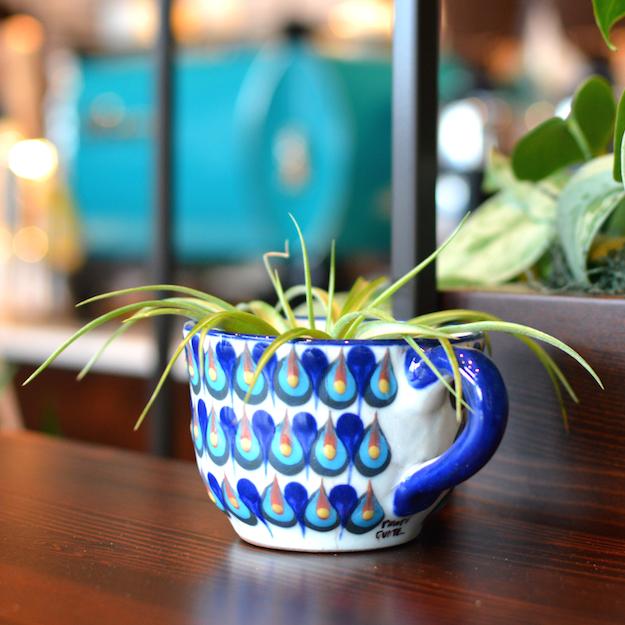 nossa-familia-3clay-mug-sq.jpg