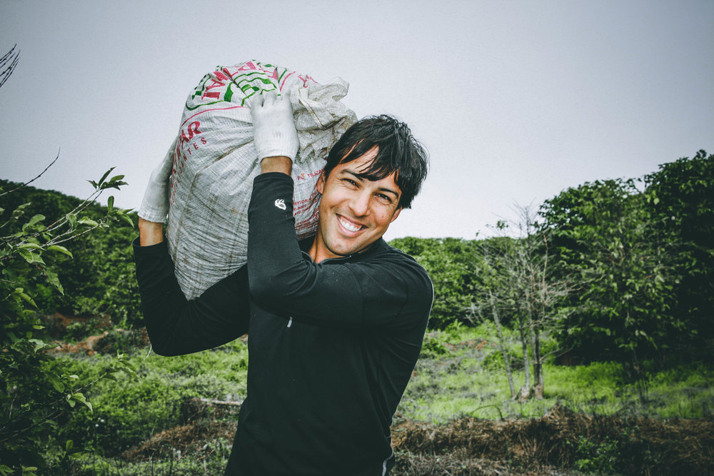 Augusto-carrying-coffee-Brazil-edit.jpg