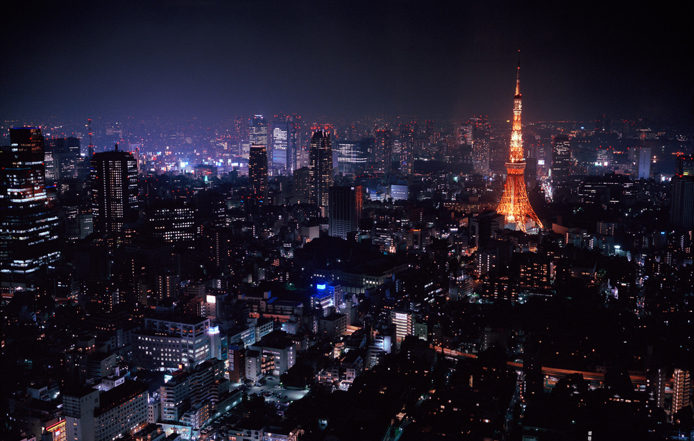 08-roppongi-hills-at-night.jpg