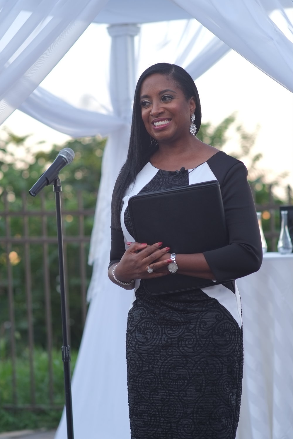 Officiant:  Aretha Gaskin | Weddings By Aretha