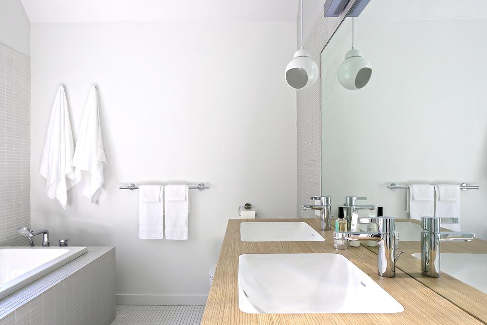 Nous Studio- CT Residence-master bath room20_814_©susanfisherphotography.jpg