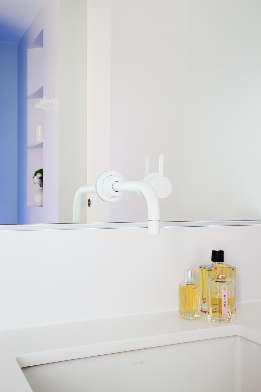 © Nous Studio-Cobalt Residence-Bathroom detail 1.jpg