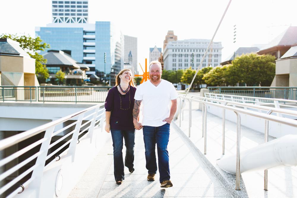RYAN + LAURA |  MILWAUKEE, WI  ENGAGEMENT