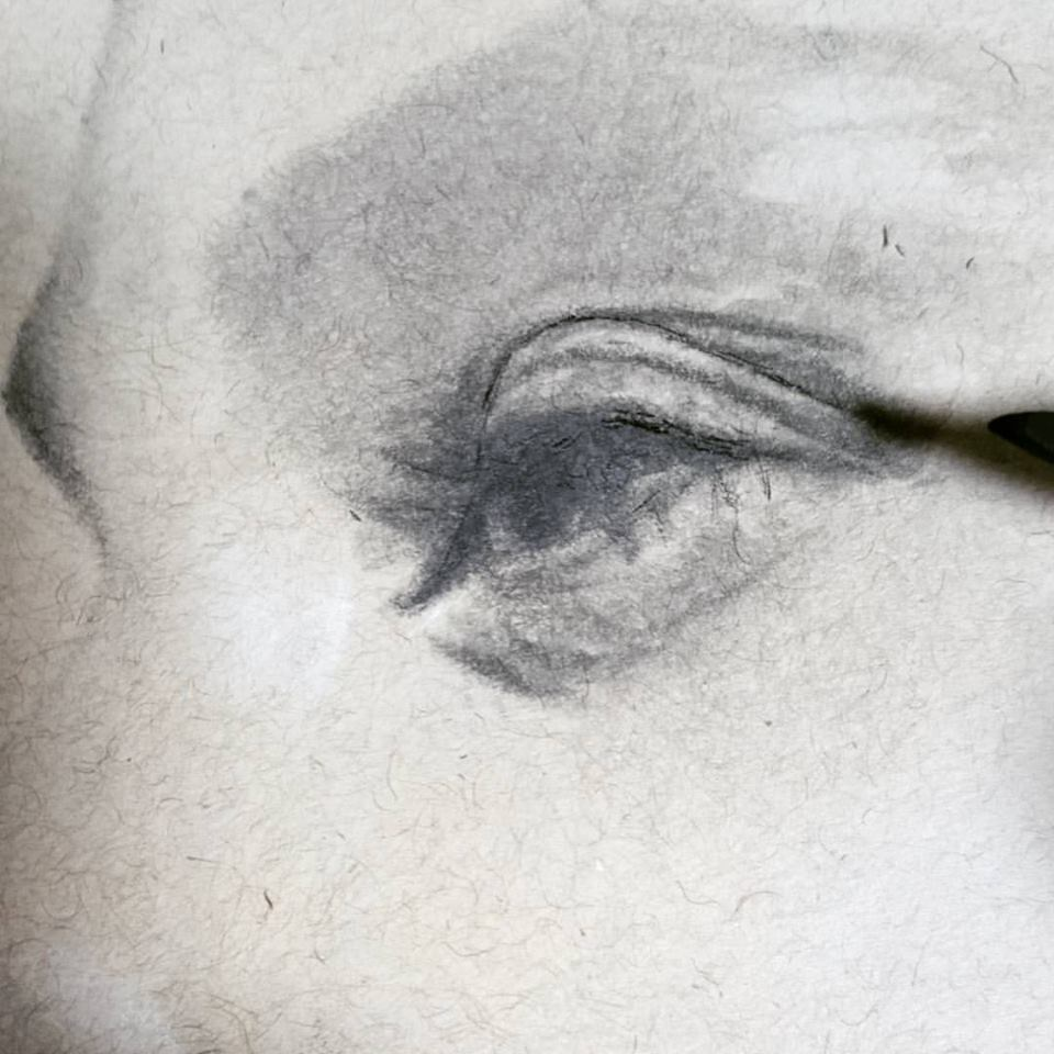 joan-or-arc-art-eye-detail