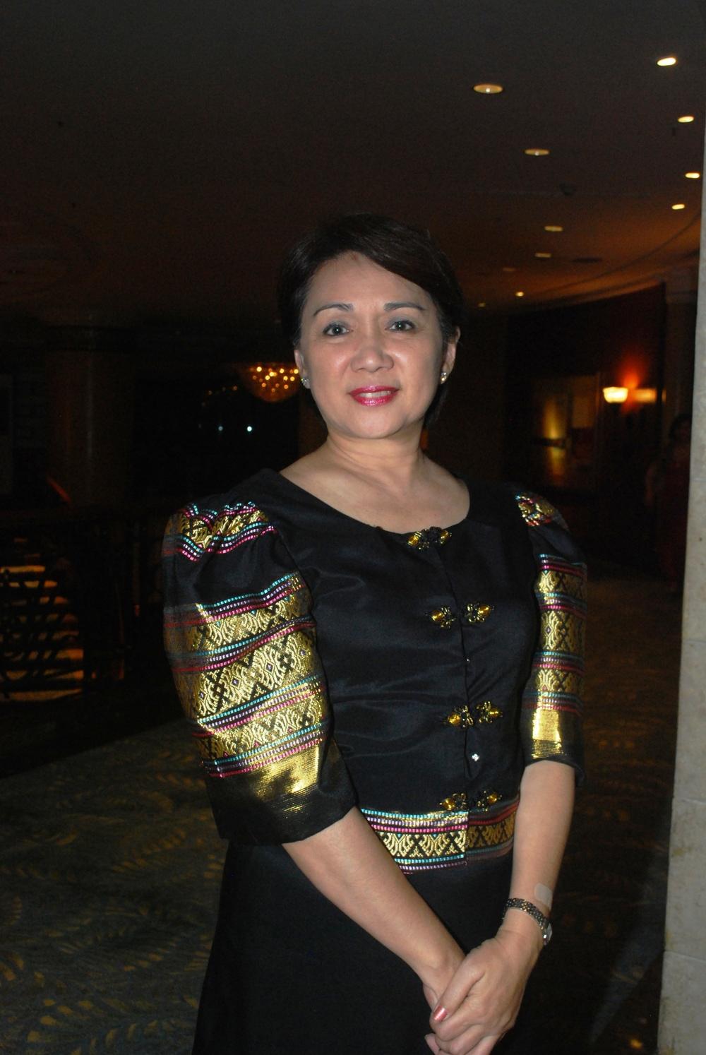 Maria Lourdes Fernando