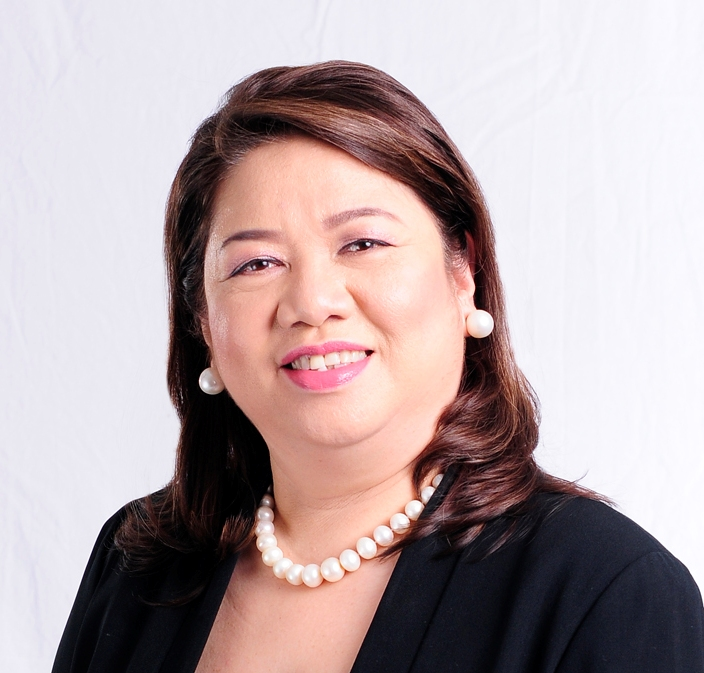 Mona Lisa Dela Cruz (Global FWN100™ '16), the newly appointed CEO of Insular Life