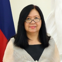 Patricia Ann Paez Global FWN100™ '13 Ambassador Extraordinary and Plenipotentiary to the Republic of Poland Embassy of the Republic of the Philippines Warsaw, Poland