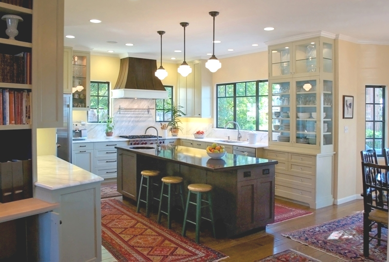 Kitchen                    Photo: Stewart Graff
