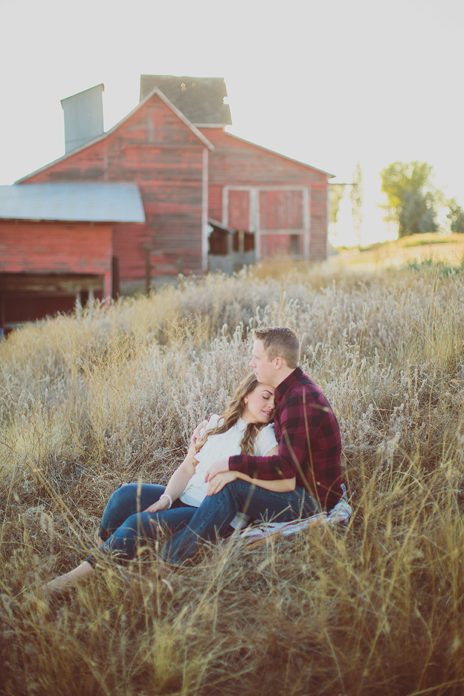 //ENGAGEMENT// VALERIE & JAKE in the country  KATE JENNINGS PHOTOGRAPHY