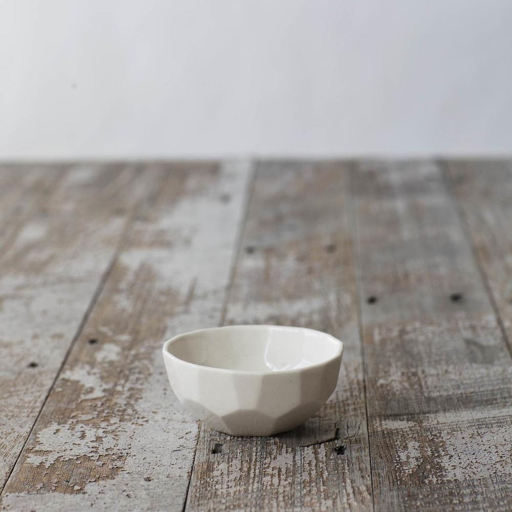 FORM&FABLE_Facet-bowl-2.jpg