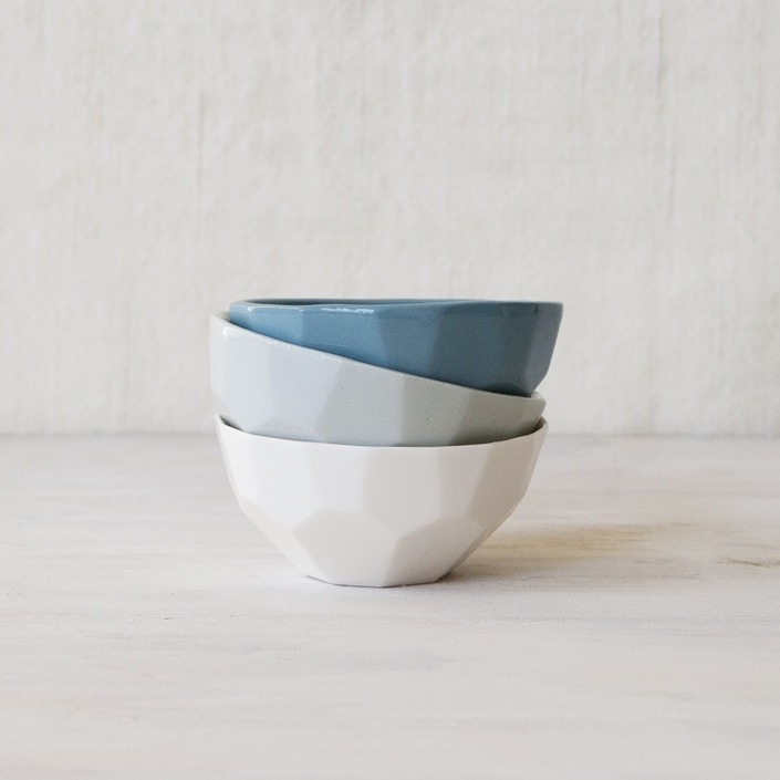 FORM&FABLE_Facet-bowl-stacked-3colours.jpg