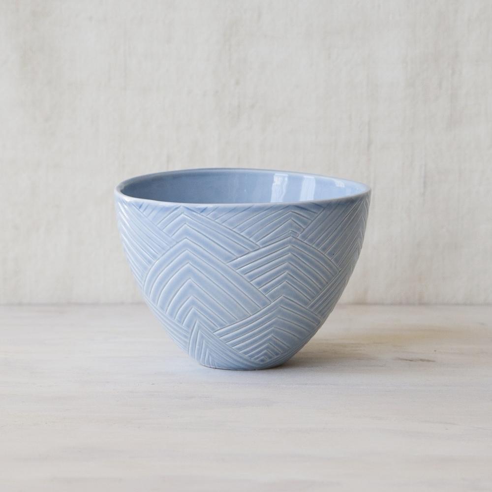 FORM&FABLE_Handcarved-bowl-arrow-pattern-bule.jpg
